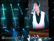 Kang Ta và Super Junior gây bão tại Bắc Kinh