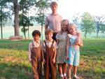 """Ngắm """"5 người con"""" đáng yêu của """"ma cà rồng"""" Robert Pattinson"""