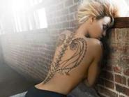 Beyonce gợi cảm chết người với hình xăm