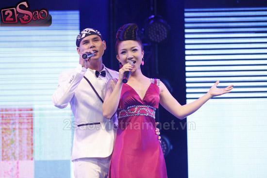 Seashow14 Siêu mẫu Ngọc Quyên lộ hàng chỗ ấy trên sân khấu
