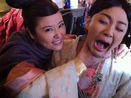 Những cảnh hậu trường hài hước phim cổ trang Hoa Ngữ (4)