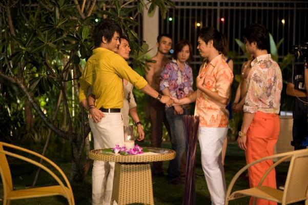 242 Thai hoa trong de mai tinh 005 Phim Việt: Tình dục lên ngôi, tình gay bùng nổ