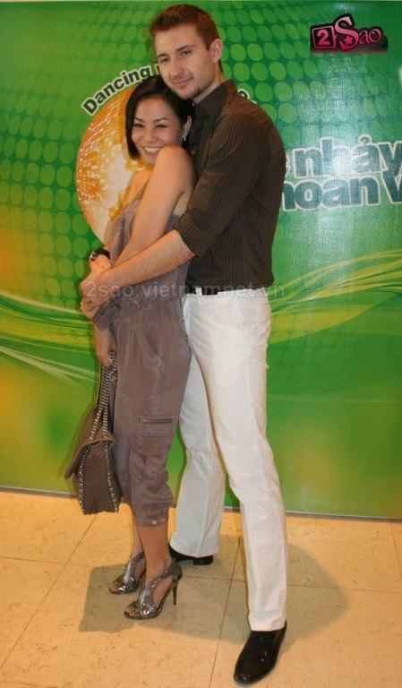 thới trang nữ mùa hè năm 2011 Thoitranghe2011-12