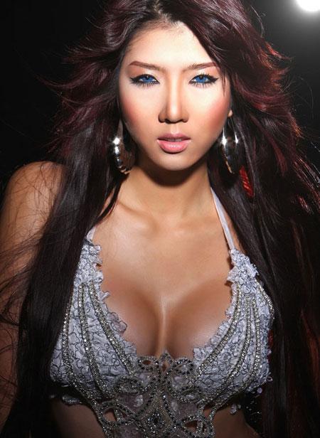 Sự thật về thu nhập của những người mẫu Việt Nam ( phần 2 ) 2