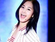 Yuri được bình chọn là sao có khuôn mặt dễ thương nhất