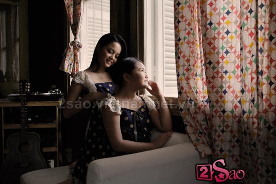 Phạm Quỳnh Anh và cháu gái ăn mặc đồng điệu