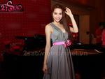 Ngắm Hà Hồ điệu đà với 3 bộ váy