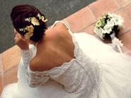 Những cô dâu trẻ sinh con trong ngày cưới