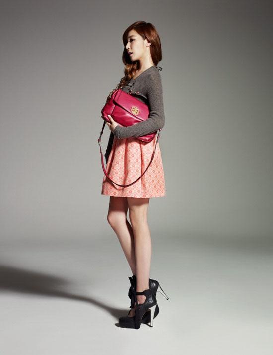 [03.10.2012][News] Tịt phân nâu (SNSD) đẹp ở mọi góc độ Tiffany13