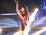 """Vietnam Idol: Chiến thuật """"thông minh"""" của Hương Giang bị chê tơi bời"""