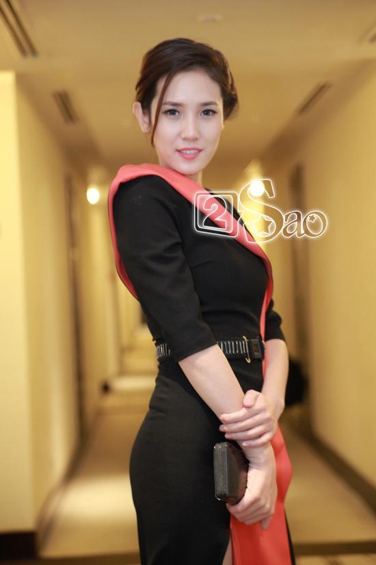 quotMiss lan daquot Nguyen Thi Ha quyen ru voi dam la
