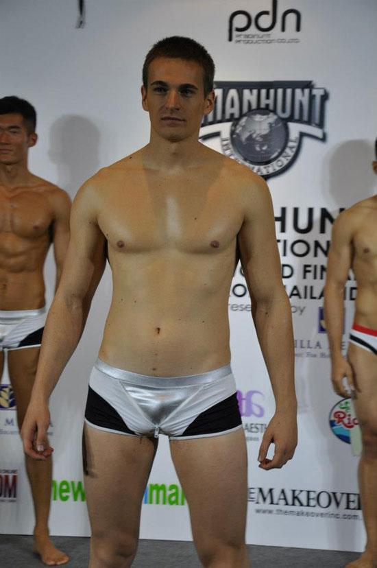 Nhung body dep va xau nhat Manhunt International 2012