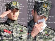 Hyun Bin xúc động ngày xuất ngũ