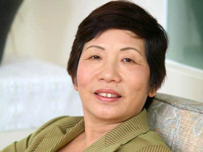 mẹ chồng Jennifer Phạm