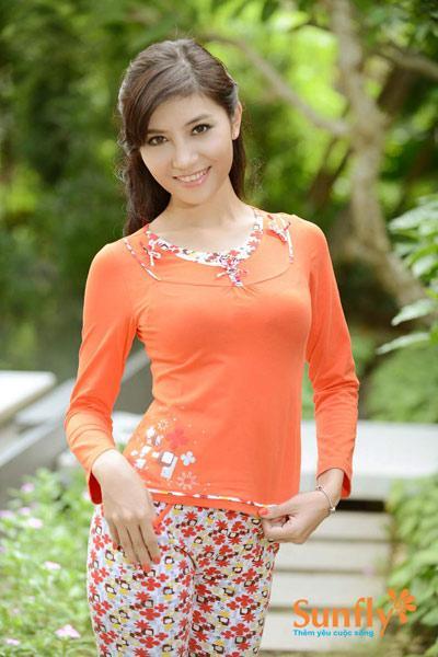 Mung Giang sinh Sunfly uu dai den 48