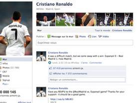 C.Ronaldo đem luật ra dọa trên Facebook