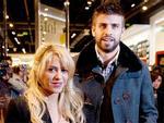 Pique đăng ký quý tử làm fan của Barca