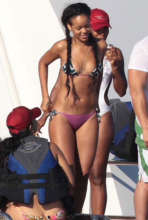 10 my nhan dien bikini dep me hon nhat nam 2012