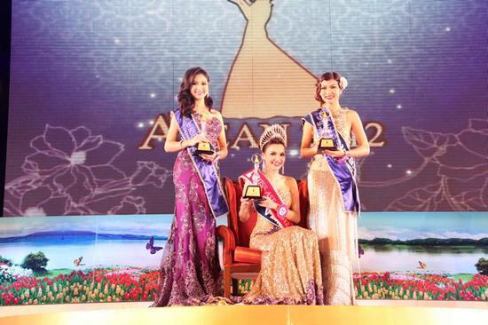 Xem quotvu khi bi matquot giup Viet Nam dang quang Miss Asean 2012