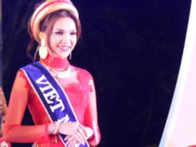 """Xem """"vũ khí bí mật"""" giúp  Việt Nam đăng quang Miss Asean 2012"""