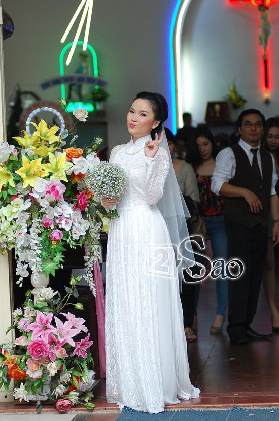 Váy cưới của sao