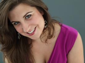 Trực tuyến đón năm mới  với giọng ca Opera Natalie Polito