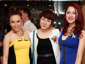 Hương Giang Idol xinh tươi chúc mừng Mỹ Tâm
