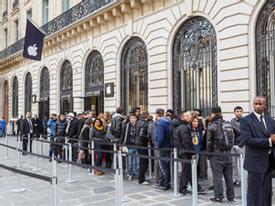"""Apple Store bị """"cuỗm"""" hơn 1 triệu USD đúng đêm giao thừa"""
