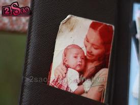 Lục túi xem hình mẹ con Kim Hiền 6 năm về trước
