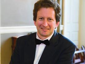 Trò chuyện đầu năm với nhạc trưởng Steven Lipsitt