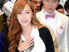 Truyền thông Hàn khó chịu vì Jessica (SNSD) đi trễ