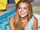 Lindsay Lohan báo tin mang bầu