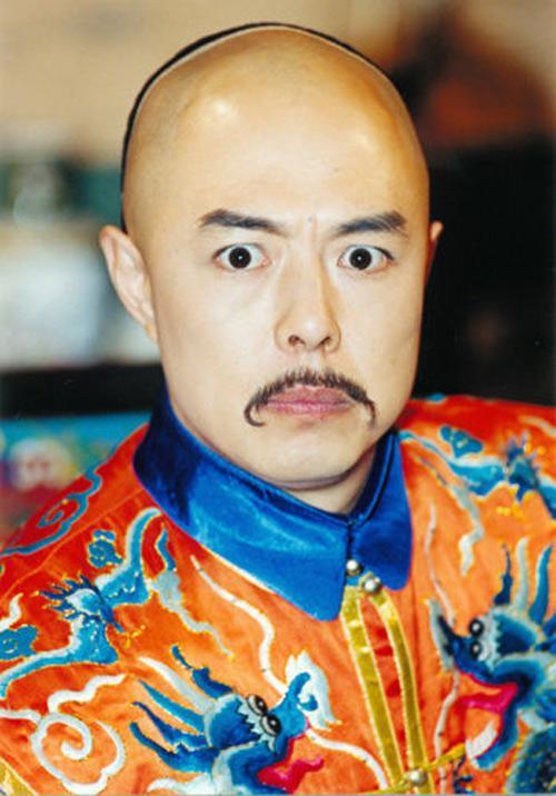 Hoàng A Mã của Hoàn Châu cách cách khoe ảnh thời trai trẻ