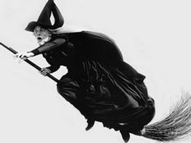 Đạo luật cấm phù thủy bay quá 150 mét