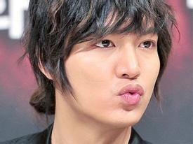 Lee Min Ho đang tâm phá hoại hình tượng hoàn hảo?