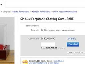 Trả 12 tỷ đồng cho bã kẹo cao su của Sir Alex