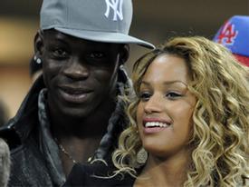 Balotelli bất ngờ tái hợp bạn gái cũ