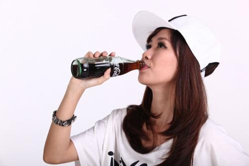 Bạn biết bao nhiêu cách uống Coca - Cola?