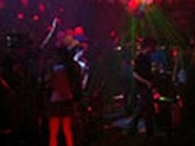 Dân chơi Hà thành 'đốt' tiền ở 'tiệc đêm'