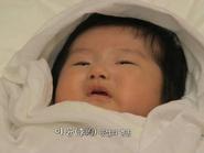 Ngắm 'con trai' đáng yêu của Kim Tae Hee