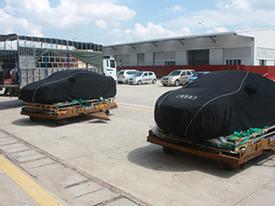 Cặp đôi siêu xe Audi R8 V10 2014 đầu tiên về Việt Nam