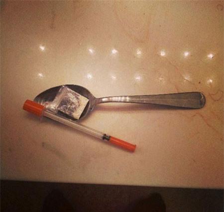 Cảnh báo trào lưu đăng hình kim tiêm và ma túy