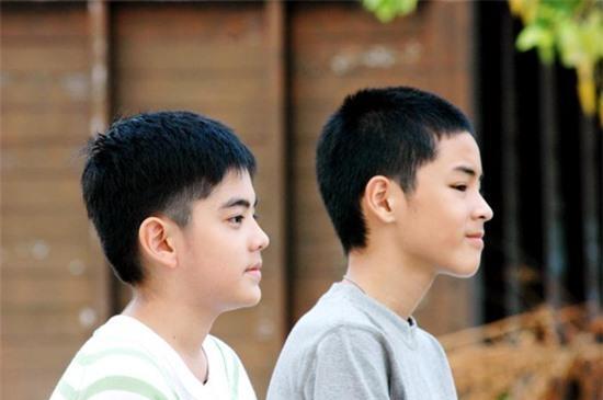 Cac Moi Tinh Dong Cam Trong Phim Thai