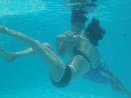 HOT: Lương Mạnh Hải, Minh Hằng hôn nhau siêu lãng mạn dưới nước