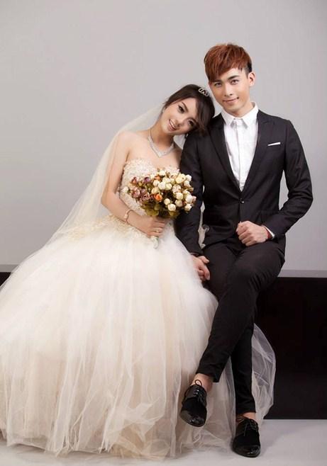 Trang phục cưới tinh tế của cặp đôi tuổi teen: