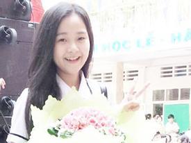 Hot girl Sài thành khoe ảnh khai giảng 'cute'