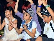 """Khoảnh khắc """"độc"""" hài hước trước chung kết The Voice Kids 2013"""