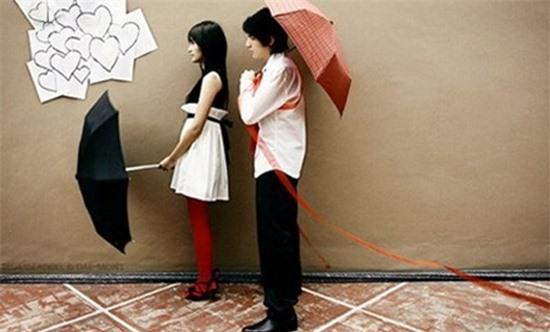 Bốn kiểu con gái tưởng dễ 'cưa' nhưng khó vô cùng