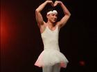 Ngô Ngạn Tổ mặc váy múa ballet