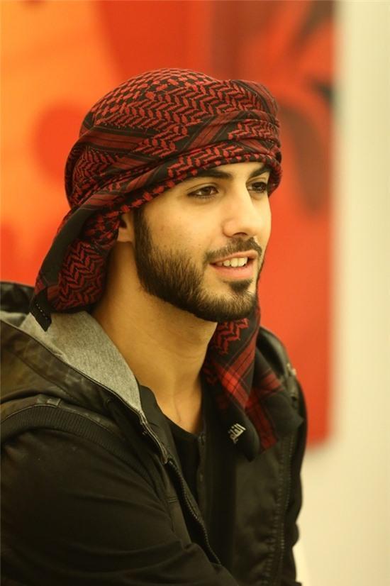 Trai đẹp Omar chưa hề bị trục xuất
